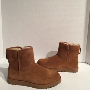 Ugg Women's Cory Chestnut SheepSkin Ankle Boots